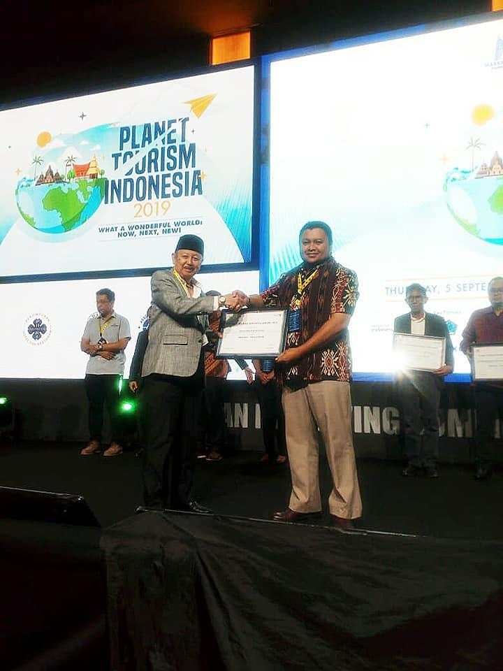 Taman Nasional Kelimutu Terpilih Sebagai Pemenang GoldWinner Pada Planet Tourism Indonesia Awards 2019