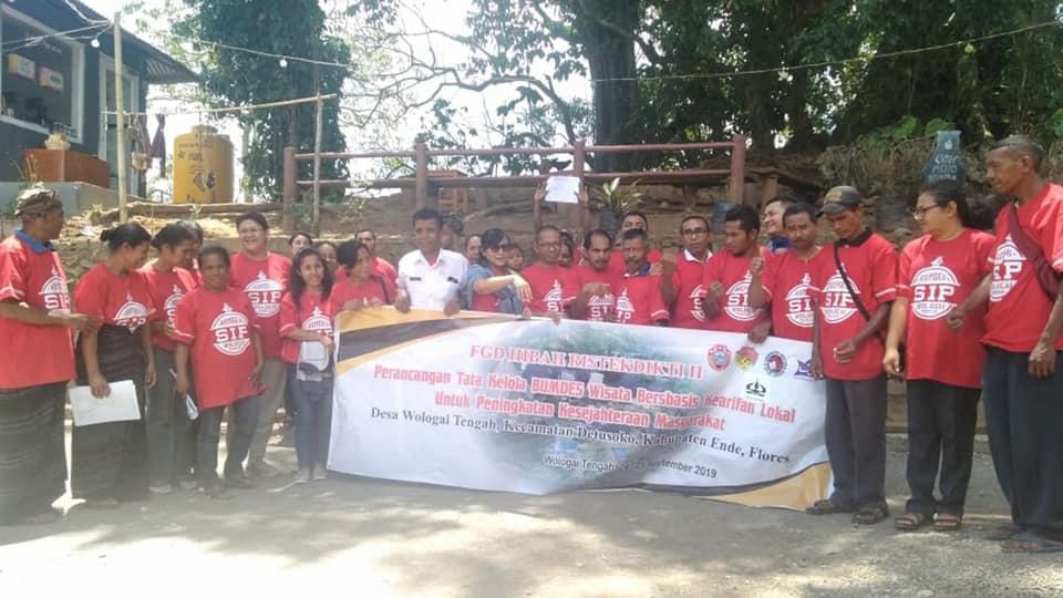 Balai TN Kelimutu Dapat Kunjungan Dari Rombongan Universitas Satya Wacana Salatiga Untuk Membahas Pembentukan BUMDES Desa Wologai Tengah